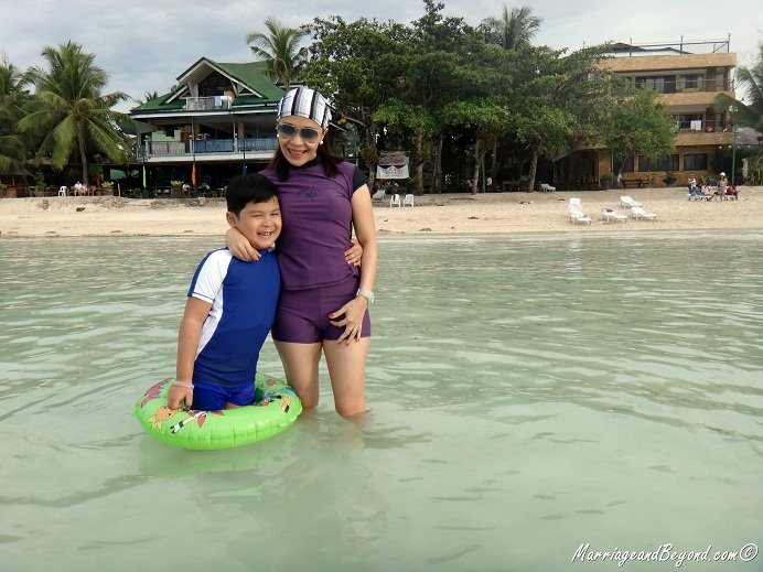 Dumaluan Beach Resort beach