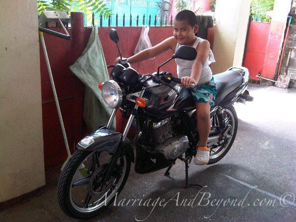 Advantages and disadvantages of a motorcycle
