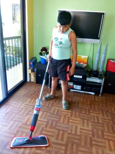 Rubbermaid Reveal mop