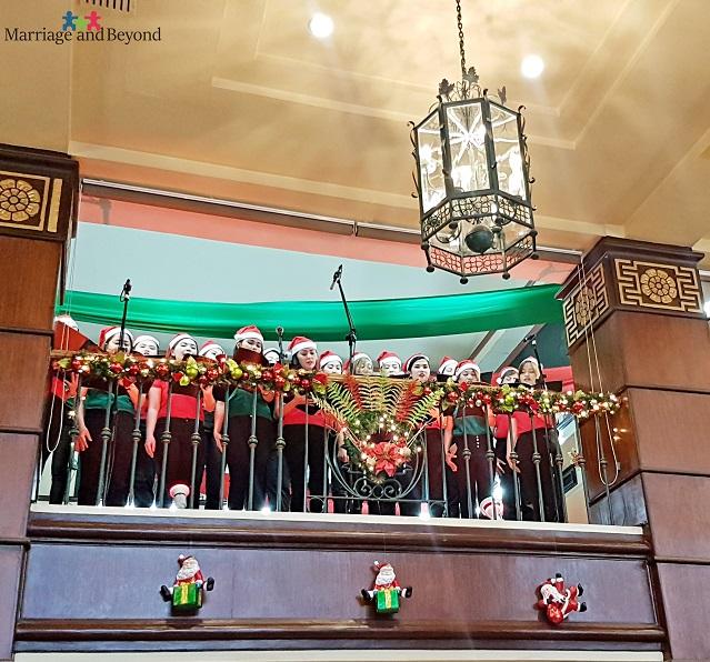 bay view park hotel christmas carol serenade