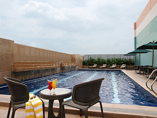 Richmonde Hotel Eastwood Swimming Pool