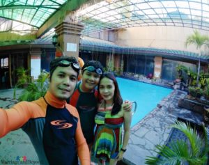 smart tips manila staycation bayview park and hotel pool