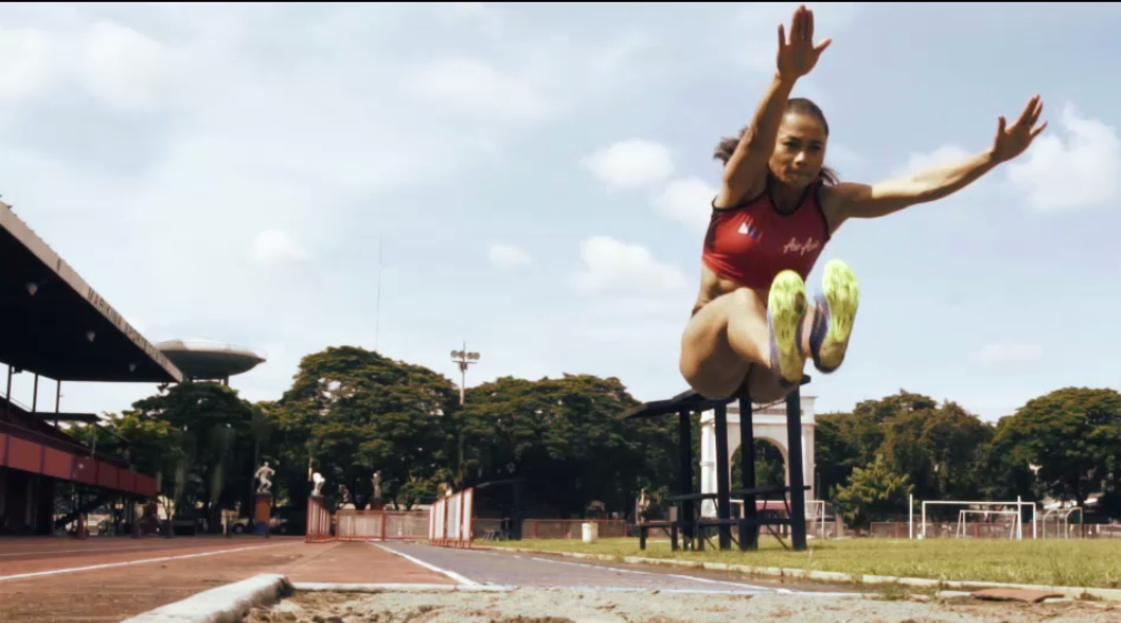 Marestella Torres-Sunang - AirAsia Dare to Dream