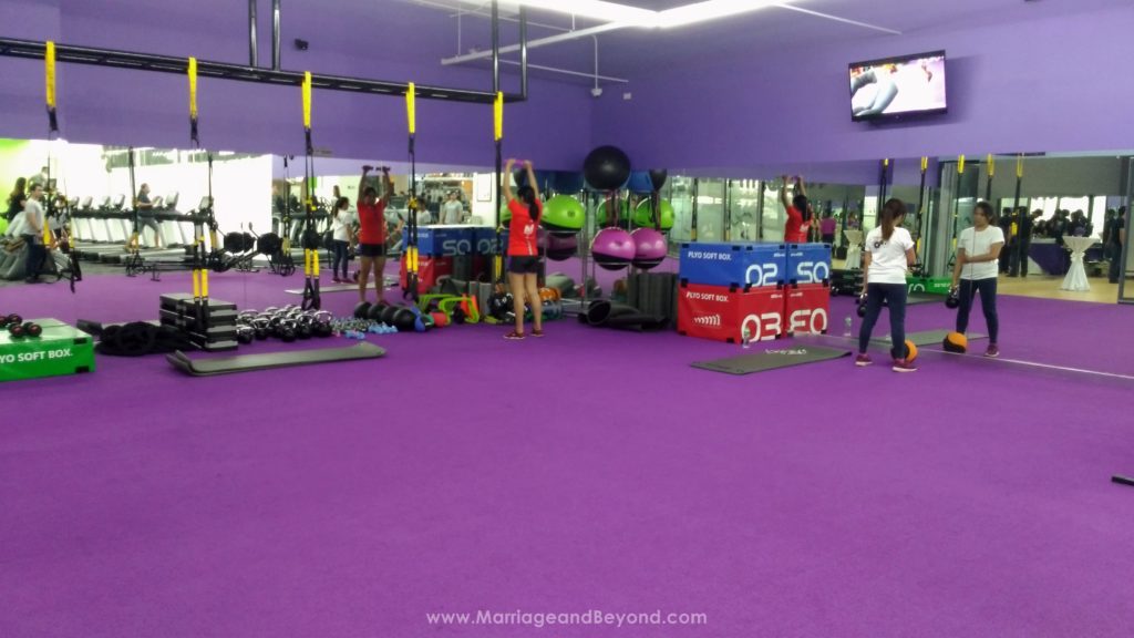 Anytime Fitness Glorietta 5 exercise area