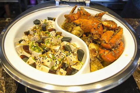 F1 Hotel Black Pepper Crab