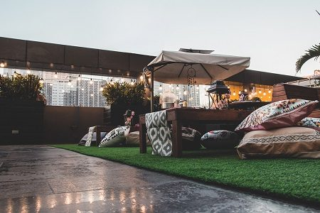F1 Hotel Manila Canary Lounge: Glamping under the Stars