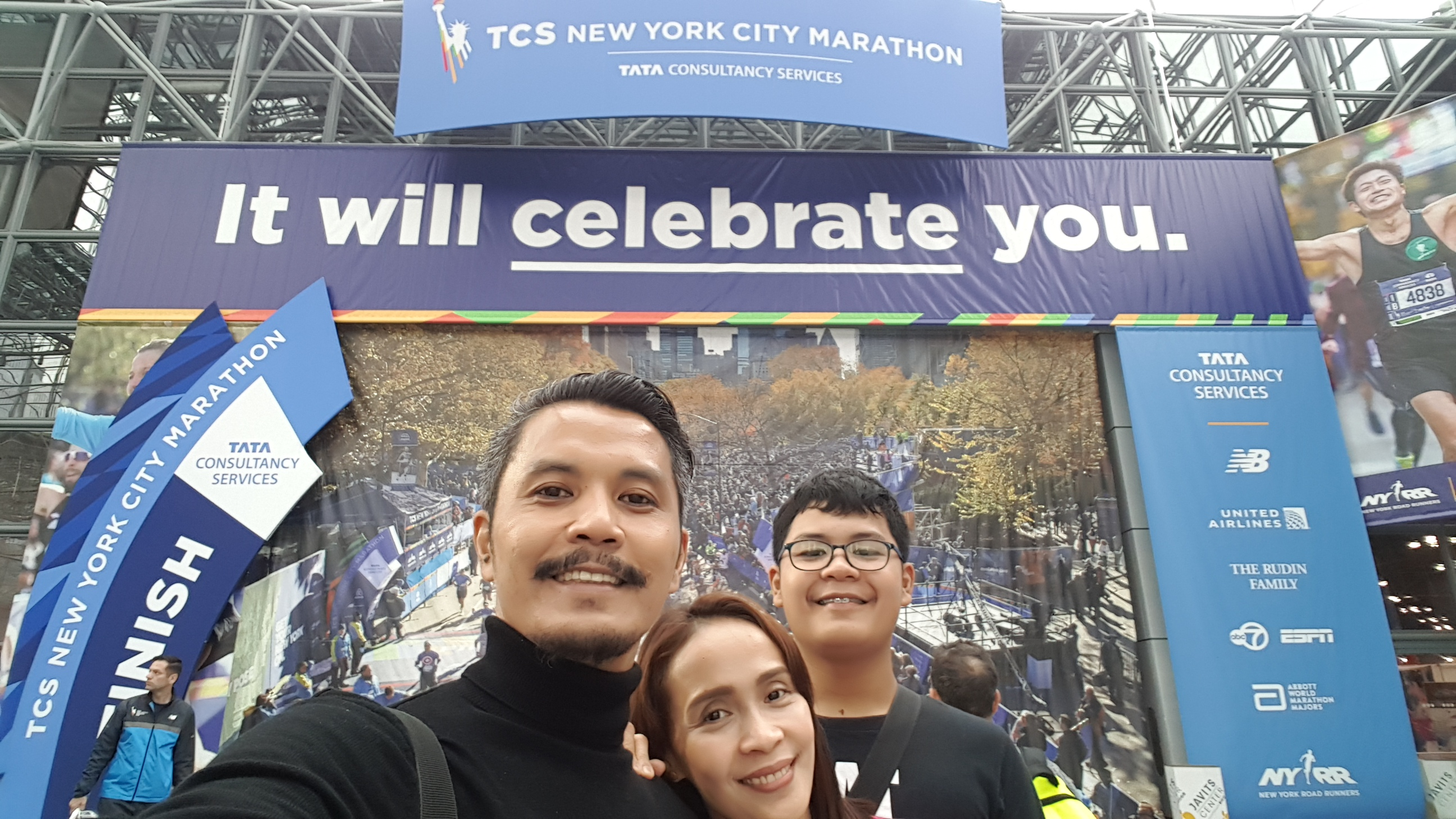 Aspacio Family Travels to New York