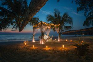 beach romantic setup