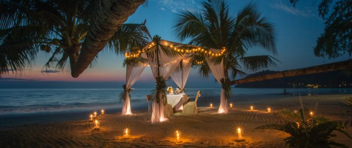 beach romantic setup