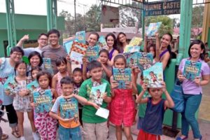 Bookgiving in Payatas with Bb. Pilipinas winners, in partnership with Binibining Pilipinas Charities